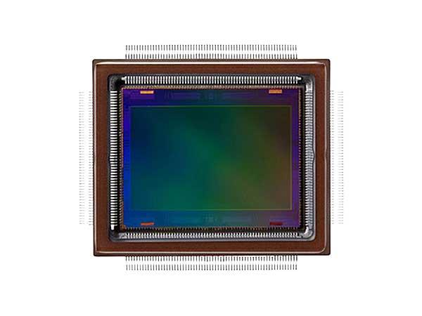 A Canon által bemutatott új APS-H méretű CMOS képérzékelő felbontása mintegy 250 millió képpont