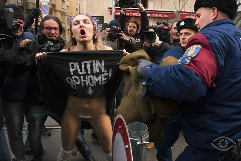 Budapesti Femen debütálás, Magyar Sajtófotó Pályázat 2015, Reviczky Zsolt -- forrás: sajto-foto.hu